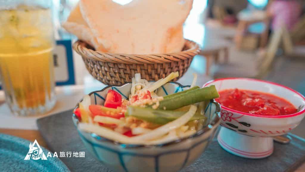 水灣餐廳榕堤哇哈哈雷吉安炭燒豬排的配料