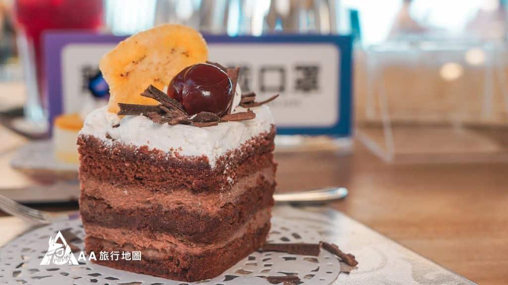 水灣餐廳榕堤芭娜娜巧克力