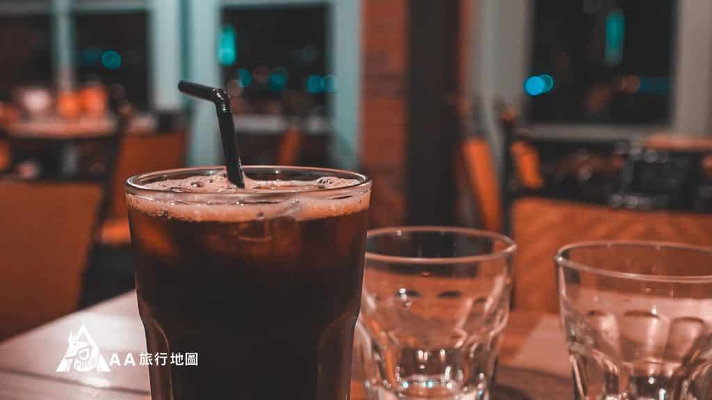 淡水長堤喝著咖啡看夜景多好