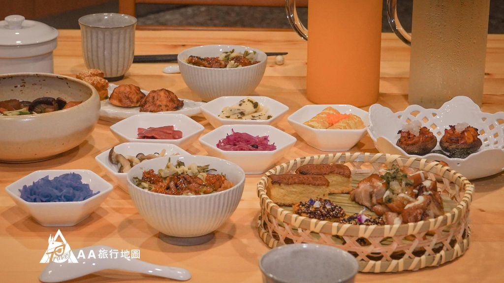 蟬說和社山林晚餐的菜全部超多項的, Aa 兩個人吃的很飽,連晚上吃宵夜的念頭都打消了