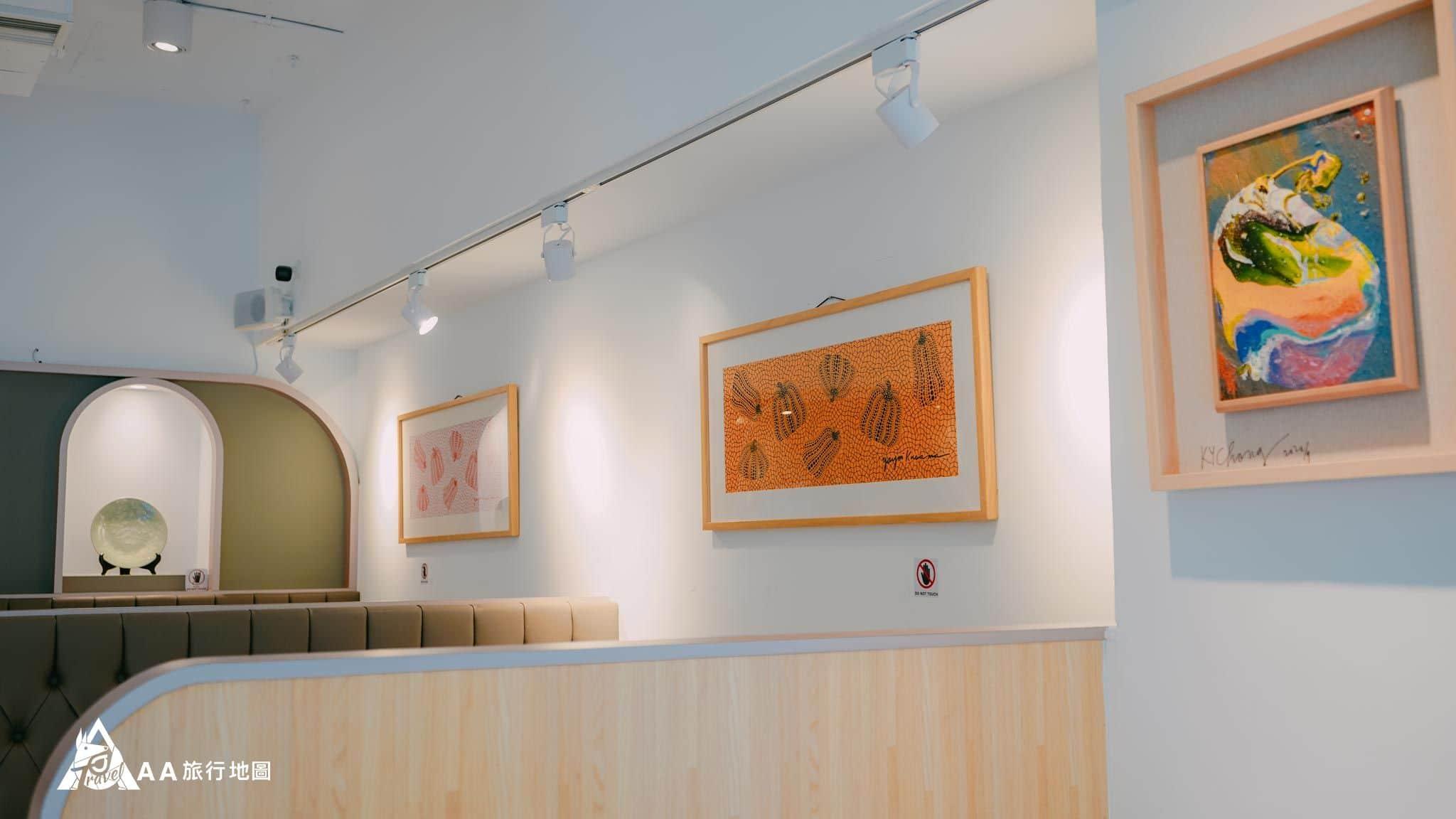壺豆花 牆上都掛著美美的畫