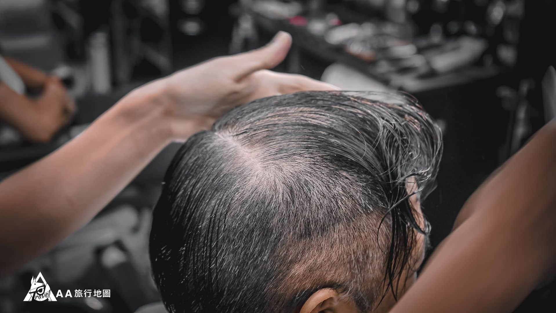 HomeComing 理髮前先把髮流確定好,很少去理髮的時候會有人這樣做